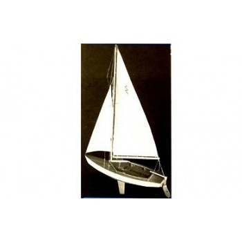 Модель яхты Dumas Lightning Sailboat 48см (набор для сборки)